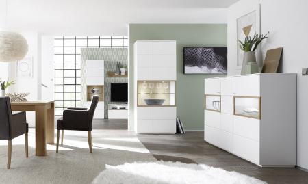 Sestava nábytku BIANCO_bílý matný lak / divoký dub Bianco_ ukázka využití nábytku v jídelně_obr. 7