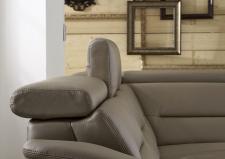 Kožená sedací souprava COMET-L_kůže Vivre stone_detail polohovatelných opěrek hlavy_obr. 37
