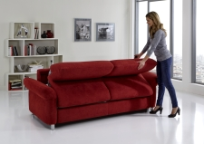 Sofa s funkcí na spaní COMFORT SLEEP_šířka sedáku 162 cm, područky typ 21, vzhled polštářů typ A, korpus typ A, plocha na spaní 148 x 200 cm_v látce Kati bordeaux_obr. 7