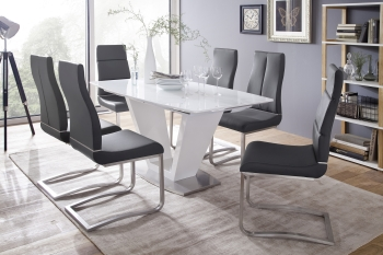 Jídelní stůl CRIS