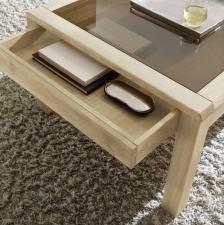 Celomasivní dubový nábytek DELGADO_detail zásuvky u konferenčního stolu_obr. 37