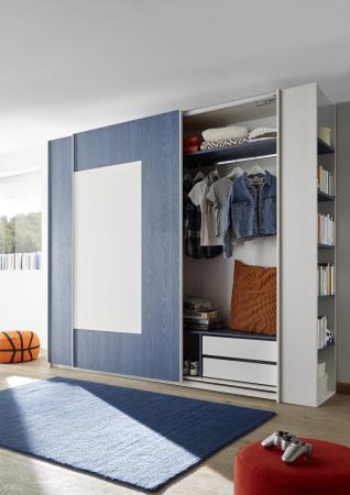 Šatní skříň s posuvnými dveřmi ESPERO (Quadr.-optika) 243x230 cm_otevřená_zásuvková vložka + modrá police_samostatně stojící regál s 5-ti policemi_typy 671704-243-B_674602-41_674602-243-7_674602-45_obr. 16