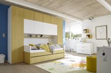 """Dětský a studentský nábytek ESPERO (žlutá varianta)_skříňový """"most"""" nad postel_postel 90 cm + čalouněný díl + zásuvka pod postel_komoda_regálová police_1x sada stěnových regálů_obr. 7"""