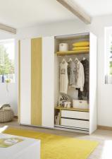 Šatní skříň s posuvnými dveřmi ESPERO (Vertiko-optika) 179x205 cm_otevřená_zásuvková vložka + žlutá police_typy 621703-179-Y_624302-43_624302-179-7_obr. 17