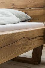 Robustní masivní dubová postel JANE_detail provedení a materiálu_obr. 3