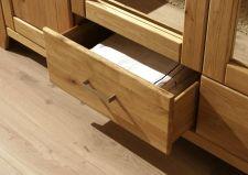 Ložnice DONNA_šatní skříň_detail zásuvky_obr. 6