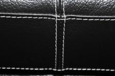 Francesco - detail švu 1