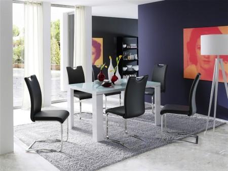 Jídelní stůl TIZANO 140 cm v interieru 5