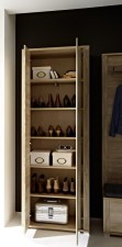 Go - detail vnitřního uspořádání skříně