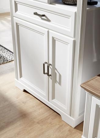 Obývací / jídelní nábytek JASPER_detail kazetového provedení předních ploch_obr. 19