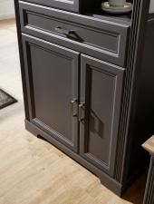 Obývací / jídelní nábytek JASPER graphit_detail kazetových předních ploch_obr. 19
