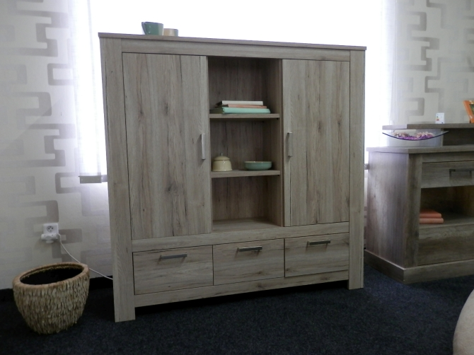 LENA - highboard