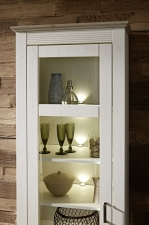 Obývací / jídelní program LIMA_detail vitriny