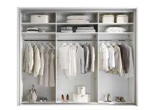 Ložnicový nábytek ICE_ šatní skříň s posuvnými dveřmi 2-dveřová s okrasným rámem_ čelní pohled _ otevřená_ obr. 5