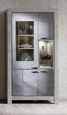 Obývací a jídelní nábytek GRACE _ vitrína  40 54 3T 02_  čelní pohled_  obr. 12