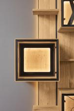 Obývací a jídelní nábytek VALERO_ volitelná zadní skleněná plocha v nikách a vitrinách_ za příplatek_ rám s LED osvětlením_ obr. 17