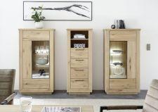 Obývací / jídelní nabytek VALLETTA_100% dubový masiv_2x vitrina 03 + zásuvková skříňka 05_LED osvětlení jako volitelné příslušenství_obr. 6