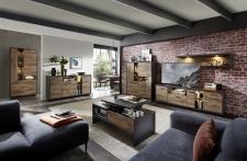 Obývací nábytek LEEDS _sestava 40 A0 GV 81 + vitrína 01 + sideboard 21 + konferenční stůl CT 20 A0 GV 02_otevřený_ volitelné LED osvětlení_ obr. 2