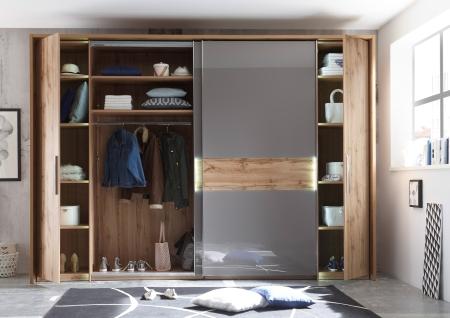 Ložnicový nábytek PALERMO_šatní skříň s posuvnými a klasickými dveřmi_otevřená_obr. 3