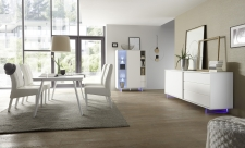 Obývací a jídelní nábytek TORINO_multikomoda_sideboard_jídelní stůl 180 cm, nohy z akrylového skla_obr. 2